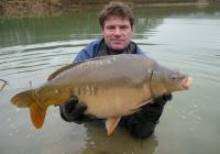 Combley Carp Fisheries, Carp Suppliers UK